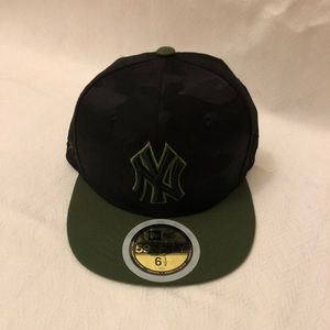 Youth NYY New Era 59Fifty Camo Fitted Cap Hat